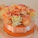 Örök virágbox, Esküvő, Otthon, lakberendezés, Esküvői csokor, Meghívó, ültetőkártya, köszönőajándék, Barack habrózsa és élethű minőségi selyemvirágból készült virágbox. Apró strassz kövek ..., Meska