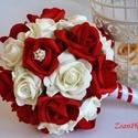 Vörös örökcsokor, Esküvő, Szerelmeseknek, Esküvői csokor, Élethű tűzpiros és törtfehér színű habrózsákból készült az örök varázslatosan pazar esküvői csokor. ..., Meska