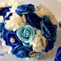 Kék varázslat ékszer- csokor, Esküvő, Esküvői csokor, A tengervíz színei ihlették a királykék, világoskék, vízkék,hófehér habrózsákból kész..., Meska