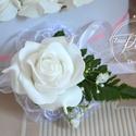 Romantikus Csuklódísz, Esküvő, Esküvői csokor, Esküvői ékszer, Hajdísz, ruhadísz, Virágkötés, Csuklódísz praktikus tépőzárral rögzíthető.Más színben is kérhető. További termékeimet megtekinthet..., Meska
