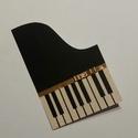 Zongora képeslap, Stílszerű ajándékkal szeretnéd búcsúztatni ...