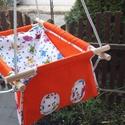 100 % pamut narancs-cicás hinta, Baba-mama-gyerek, Játék, Kerti játék, Famegmunkálás, Varrás, Erős vászonból készül ez a baba hinta, mely születéstől használható 25 kg-ig.  NAGY MÉRETŰ!!! 50 x ..., Meska