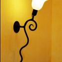 Csiga lámpa, Otthon, lakberendezés, Lámpa, Fali-, mennyezeti lámpa, Hangulatlámpa, Kovácsoltvas, Fémmegmunkálás, Kovácsoltvasból készült termék. Ajánlom ebédlőbe, folyosóra, lépcsőházba, stb. Mérete: kb 45 cm. Re..., Meska