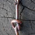 Réz csomó, Ékszer, Medál, Rézből készült kovácsolt ékszer, melyet 700-800 celsius fokos hőmérsékleten alakítottam erre a formá..., Meska