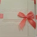 meghívó, Esküvő, Meghívó, ültetőkártya, köszönőajándék, Esküvői dekoráció, Papírművészet, Bézs színű ezüstösen csillogó minőségi kartonból készül a meghívó. Színben hozzáillő 7cm széles csi..., Meska