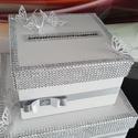 Ajandék(pénz) gyűjtő doboz, Dekoráció, Esküvő, Esküvői dekoráció, Karton doboz kettő vagy akár három szint magasságba. Az esküvő színének és stílusának meg..., Meska