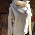 táskapulcsi, fehér, női, Ruha, divat, cipő, Női ruha, Kabát, Táskává alakítható kámzsanyakú pulcsi, törtfehér színben.   Pulcsiként viselheted, ha hűvös az idő, ..., Meska