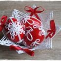 Horgolt húsvéti kosárka tojásokkal, Dekoráció, Ünnepi dekoráció, Húsvéti díszek, Horgolás,  Horgolt, kikeményített húsvéti kosárka piros masnikkal, valamint három darab tojással. (kérhető ma..., Meska