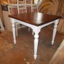 nagyobbítható ebédlőasztal, Bútor, Dekoráció, Asztal, Famegmunkálás, Mindenmás, Fenyőfából készült, esztergált lábú, villáskihúzós nagyobbítható asztallapú (+ 30-30 cm), 75 cm mag..., Meska
