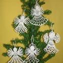 Karácsonyi angyal horgolt fenyő dísz, Otthon, lakberendezés, Dekoráció, Karácsonyi, adventi apróságok, Ünnepi dekoráció, Ajtódísz, kopogtató, Karácsonyi dekoráció, Az angyalka 100%-os pamut fonalból  készül.  Rendelésre is készítek különböző mintákkal!!..., Meska