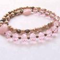 Szívküldi, Ékszer, óra, Nyaklánc, A nyaklánc közepét 10mm-es csiszolt rózsaszínes üveggyöngyökből készítettem, köztük pic..., Meska