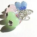 Tejüveg trió, Ékszer, Fülbevaló, Bájos tejüveg gömbökből és csillogó csiszolt üveggyöngyökből készítettem ezeket a fülbevalókat. Az a..., Meska