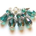 Türkizzöld angyalkák, Ékszer, Medál, 10mm x 15mm-es AB bevonatos üvegcseppekből, üvegfánkokból készültek ezek a kis csillogó angyalkák. I..., Meska