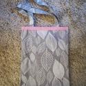 Kifordítható rózsaszín-szürke levél mintás szatyor, Táska, Szatyor, Varrás, Ezt a vállon hordható, kifordítható szatyrot erős vászonból készítettem. A szatyor egyik színe rózs..., Meska