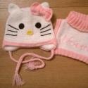 Hello Kitty szett, Ruha, divat, cipő, Kendő, sál, sapka, kesztyű, Sapka, Horgolás, Igazi trendi,kislány szett,melynek  ott kell lennie,gyermeke ruhatárában! A sapi tavaszra bélés,köt..., Meska