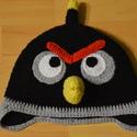 angry birds sapi, Ruha, divat, cipő, Kendő, sál, sapka, kesztyű, Sapka, Horgolás, Angry Birds -Bomb sapi kötős,fülvédős polár vagy pamut béléses., Meska