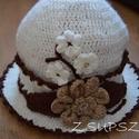 Könnyű tavaszi kalap, Táska, Divat & Szépség, Sál, sapka, kesztyű, Ruha, divat, Sapka, Bézs színű barna szegélyes női kalap.  Elegáns megjelenést biztosító könnyű tavaszi kalap,a tavaszi ..., Meska