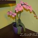 Horgolt orhidea, Otthon & lakás, Lakberendezés, Kaspó, virágtartó, váza, korsó, cserép, Dekoráció, Dísz, Nagyon különleges ajándék,melynek minden nő örül.Mindenkinek van olyan hely a lakásban,ahol nincs el..., Meska