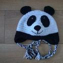 Panda sapi, Táska, Divat & Szépség, Gyerek & játék, Gyerekruha, Ruha, divat, Gyerek (1-10 év), Kedves kis Panda maci ihlette sapi,egy családi barát kérésére készült, aki él hal a pandákért.A sapk..., Meska