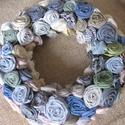 Tavaszi koszorú  / ajtódísz, Otthon, lakberendezés, Dekoráció, Falikép, Dísz, Koszorú, Ajtódísz, kopogtató, Apró sodrott textil virágokból készítettem ezt a tavaszias koszorút, ajtódíszt. Külső átmérője 24 cm..., Meska
