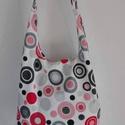 Vállra akasztható táska+neszeszer többféle mintában ,  Sok szeretettel ajánljuk nektek női táskáinka...