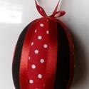 Húsvéti tojásdísz, Dekoráció, Ünnepi dekoráció, Húsvéti apróságok, Foltberakás, Húsvétkor egy barkaágon, vázában különleges dísze lehet otthonunknak, illetve locsolóknak is kedves..., Meska