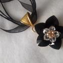 Fekete szépség, Ékszer, Medál, Nyaklánc, Swarovski szív alakú gyöngyből fűztem ezt a csillogó szépséget., Meska