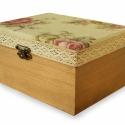 Romantikus stílusú rózsás ékszeres doboz, Antik páccal kezelt, romantikus stílusú fa éks...