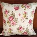 Romantikus stílusú rózsás díszpárna,  Rózsás pamutvászonból készült romantikus st...