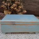 Rusztikus kék ékszeres dobozka, Ezt a gyönyörű kis dobozkát festettem, erősen...