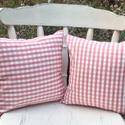 Rózsaszín-fehér kockás kispárna szett, Otthon, lakberendezés, Lakástextil, Párna, Rózsaszín-fehér kockás pamutvászonból készítettem ezt a kispárna szettet. Méretük: 30x30 cm.Levehető..., Meska