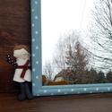 Fehér lencsepöttyös kék tükör, Baba-mama-gyerek, Otthon, lakberendezés, Gyerekszoba, Képkeret, tükör, Festett tárgyak, Egyszerű kis keretet festettem kékre, majd fehér pöttyökkel díszítettem és viaszoltam. Tükröt tetet..., Meska