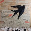 Az ifjúság édes madara, Dekoráció, Otthon, lakberendezés, Kép, Falikép, Festővászonra, 1987-es napilapból, és régi kottából  készült kollázsra rászállt egy gomb..., Meska